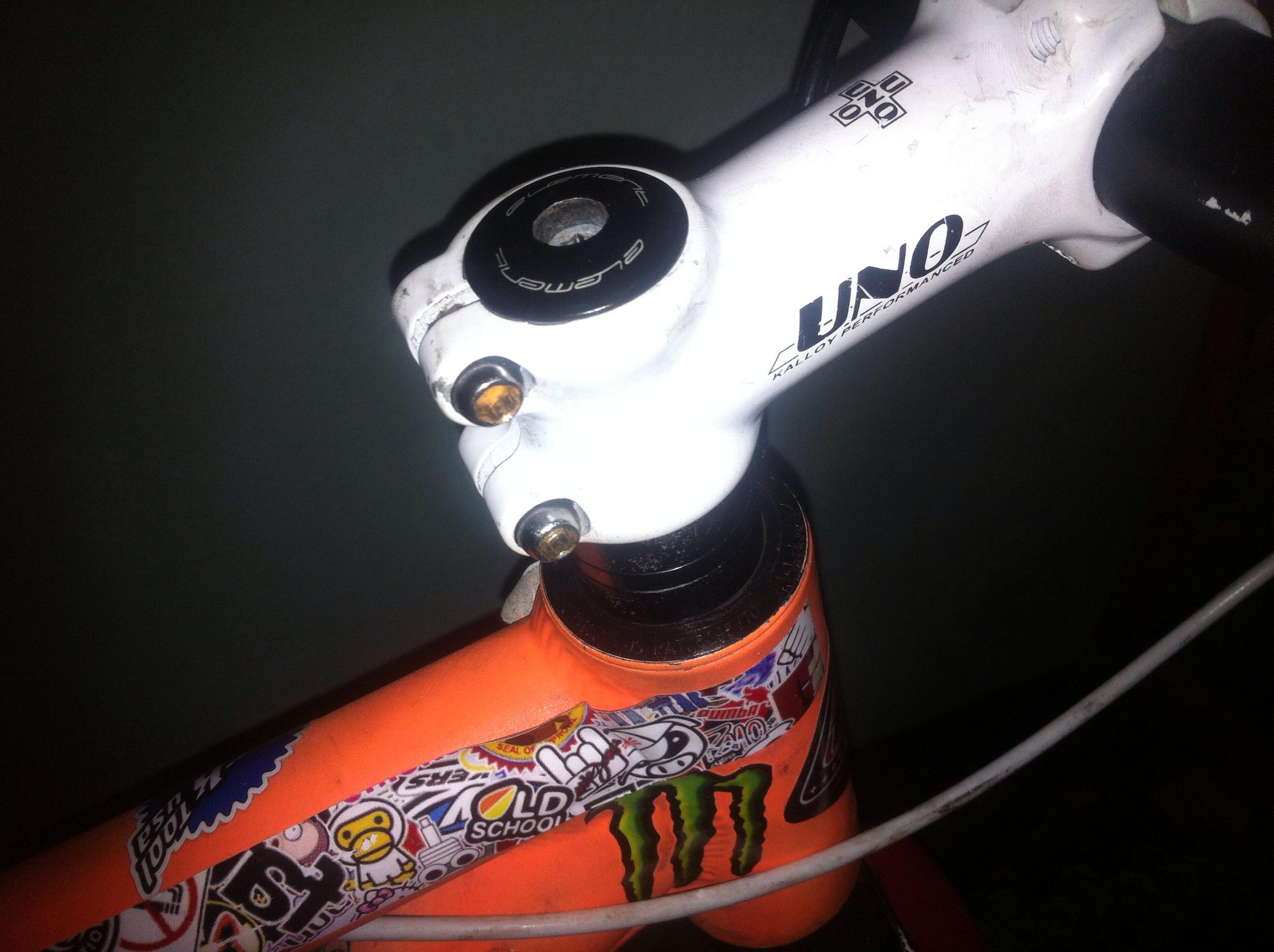 Техническое обслуживание рулевой колонки (стакана) велосипеда