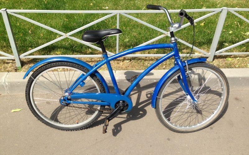 Продаю синий подростковый велосипед за 3999 рублей