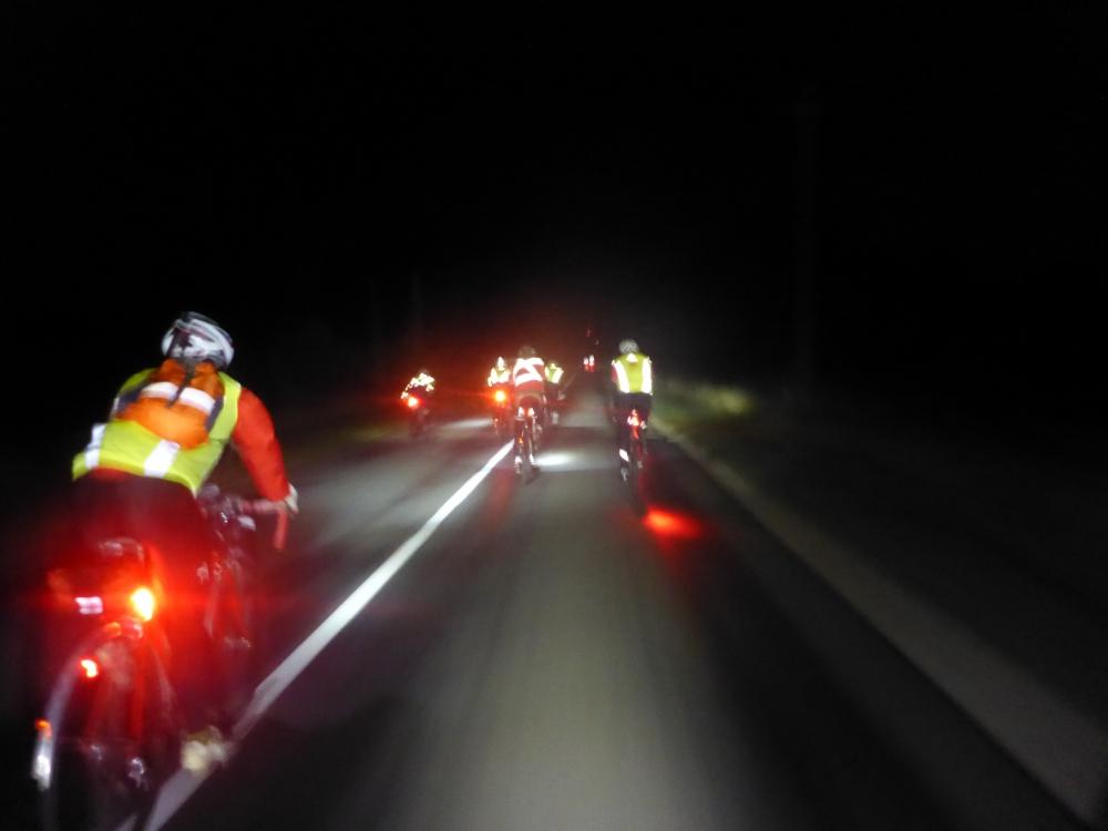 Примерно так выглядит дорога ночью на ПБП